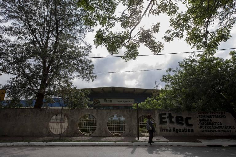 A Etec Irmã Agostinha está localizada no bairro do Jardim Satélite e é uma das escolas mais bem avaliadas da rede estadual de ensino