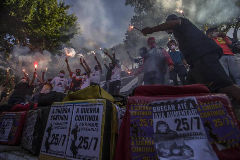 """""""Breque dos Apps"""" teve pouca adesão nas ruas e mobilização no Twitter; ato foi marcado por racha político"""