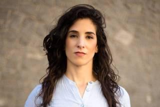 Anna Carolina Longano afirma que os Correios não entregaram