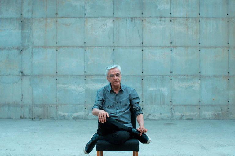 Documentário sobre Caetano Veloso é selecionado para o Festival de Veneza