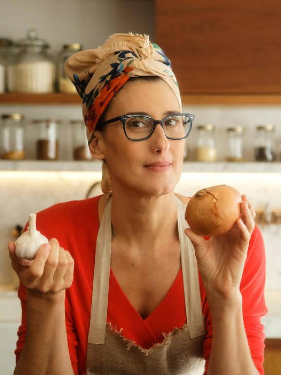 Imagens da chef Paola Carosella