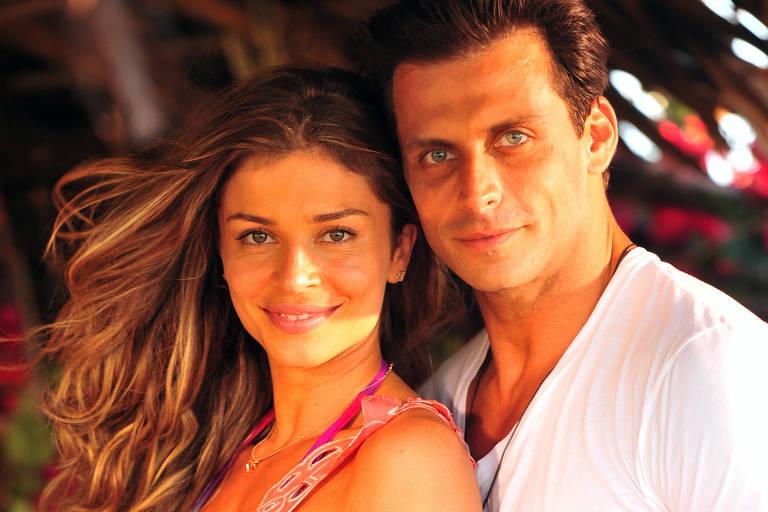 """Ester (Grazi Massafera) e Cassiano (Henri Castelli) em """"Flor do Caribe"""""""