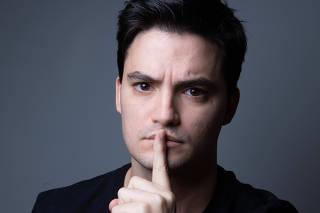 Humorista e youtuber Felipe Neto