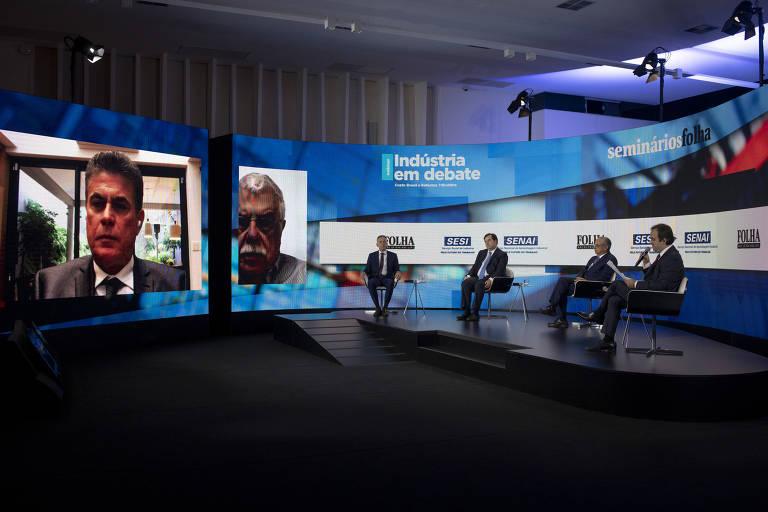 Veja fotos do seminário Indústria em Debate