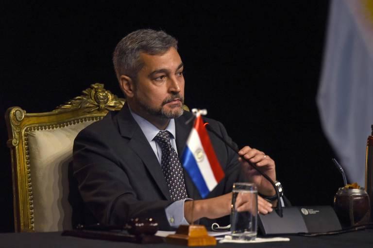 O presidente do Paraguai, Mario Abdo Benítez, durante reunião do Mercosul por vídeoconferência