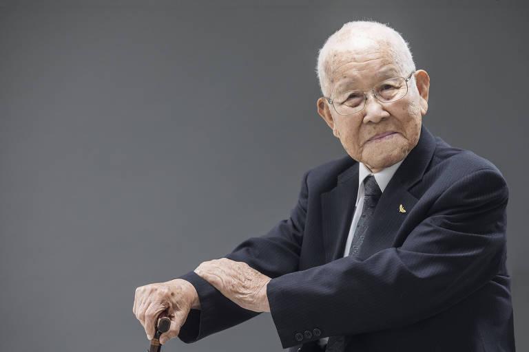 Takashi Morita, 96, que tinha 21 anos na época do ataque a Hiroshima e foi arremessado 10 metros para a frente pelo efeito da bomba