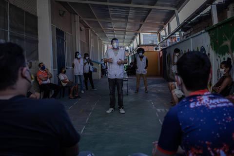Em São Paulo, 22% dos moradores dos bairros mais pobres já pegaram coronavírus