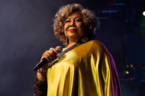 A cantora Alcione