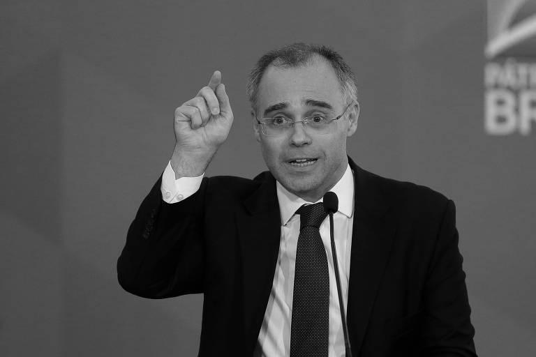 O ministro da Justiça, André Mendonça, no Palácio do Planalto