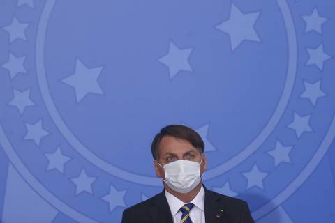 'Não dá para continuar muito', diz Bolsonaro sobre prorrogação de auxílio emergencial