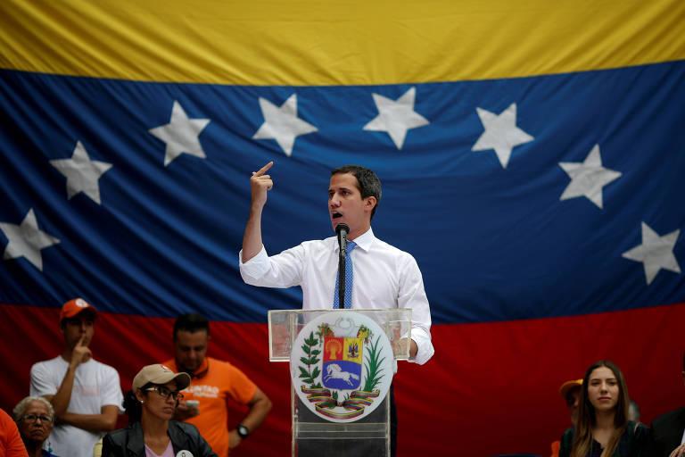 O líder opositor da Venezuela, Juan Guaidó, durante evento com apoiadores em Caracas