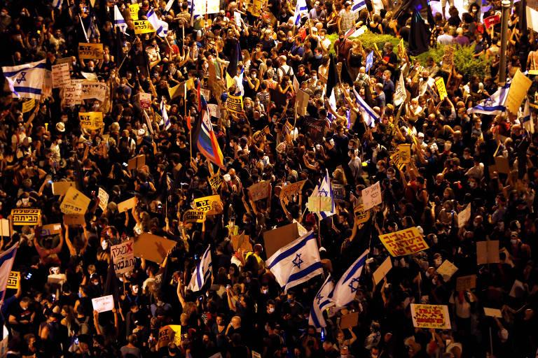 Protesto contra o premiê de Israel, Binyamin Netanyahu, próximo à residência do primeiro-ministro em Jerusalém