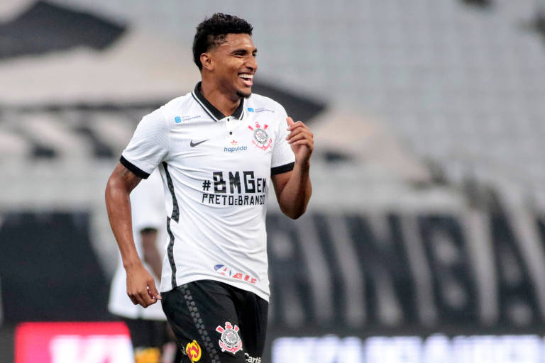 Éderson comemora o gol da vitória sobre o Mirassol, que colocou o Corinthians na final do Paulista