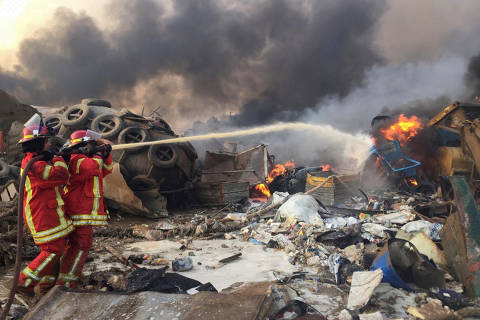 Grandes explosões atingem Beirute e deixam ao menos 10 mortos; veja vídeo