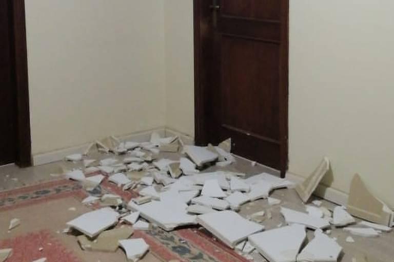 Brasileiro a 20 km do local da explosão no Líbano viu teto de gesso da casa cair