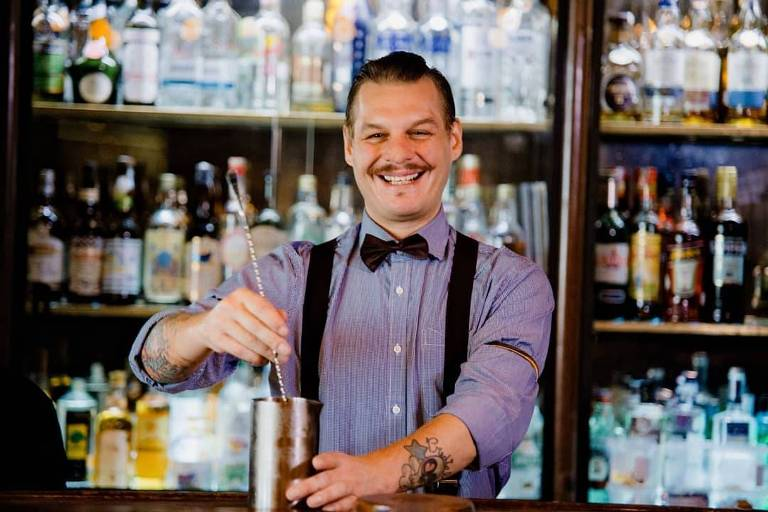 O bartender Spencer Amereno Jr.