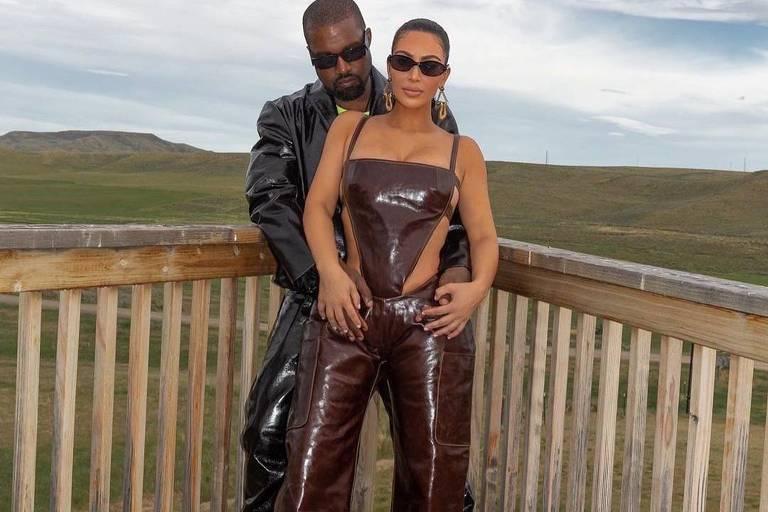 Kim Kardashian tenta salvar casamento e leva pastor em viagem com Kanye West