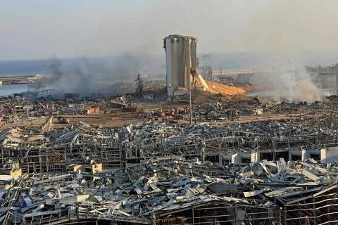Líbano ordena prisão domiciliar para autoridades do porto onde ocorreu explosão