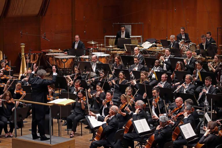 """A Filarmônica de Nova York toca """"Babylon Suite"""", em Nova York, em 27.fev.2020"""