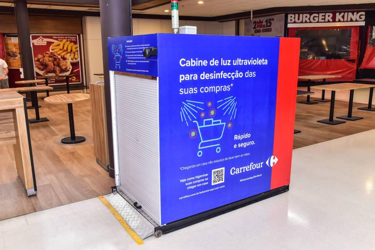 Cabines de luz ultravioleta para limpeza de compras viram tendência no varejo