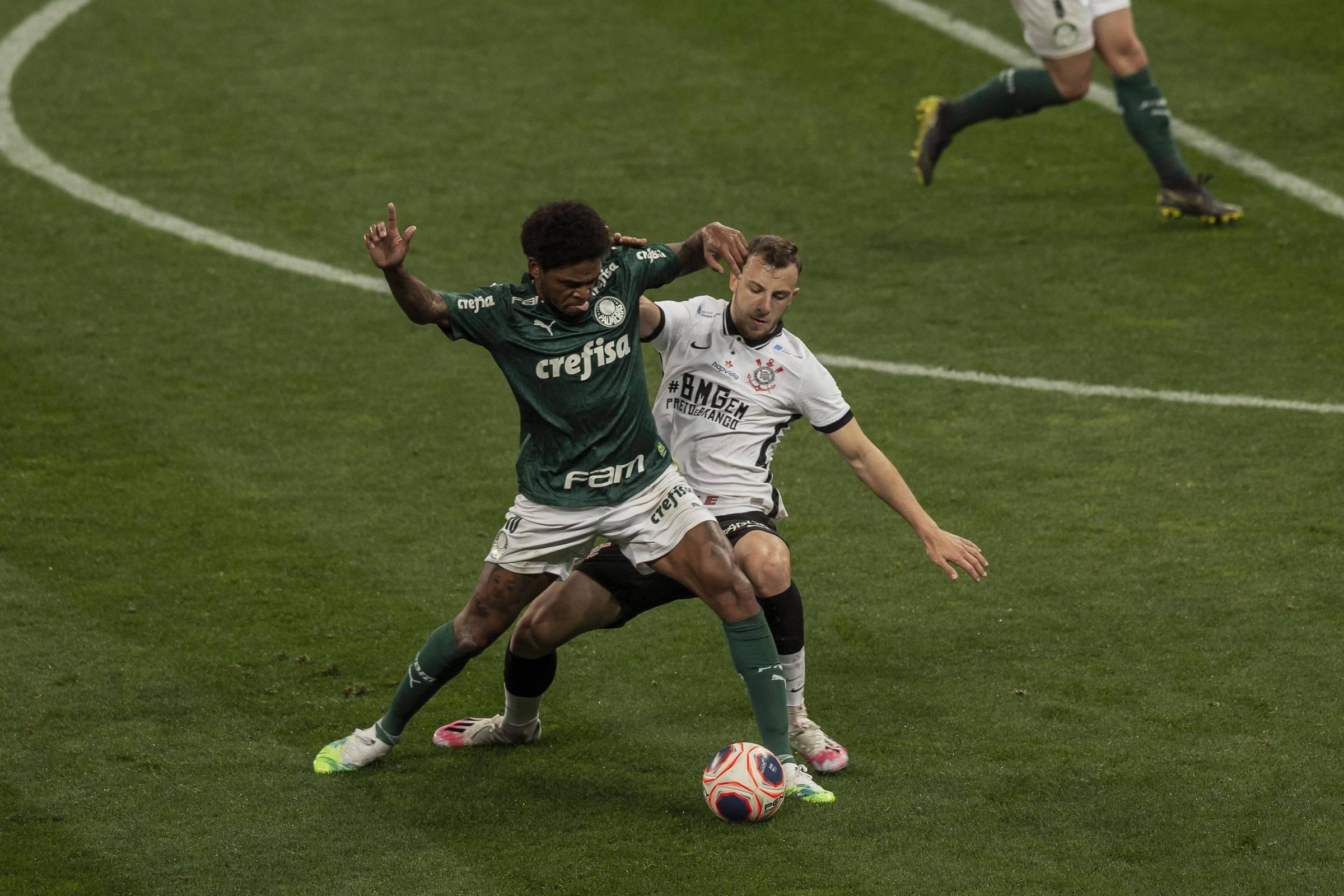 Em jogo truncado, Corinthians e Palmeiras começam decisão no zero