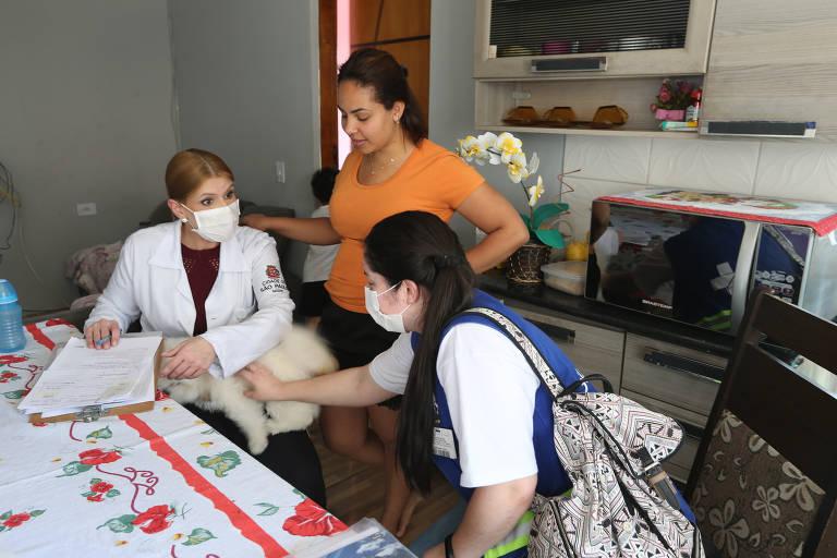 Agentes têm dificuldade para testar crianças na periferia de São Paulo