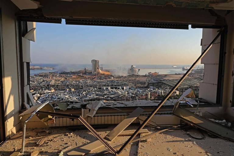 A vista da região portuária em Beirute