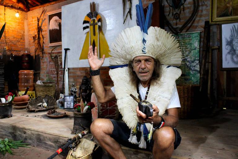 Pajé Ary Tucunduva de Faria, 64, fundador da Aldeia Lobo Velho na Casa de Reza