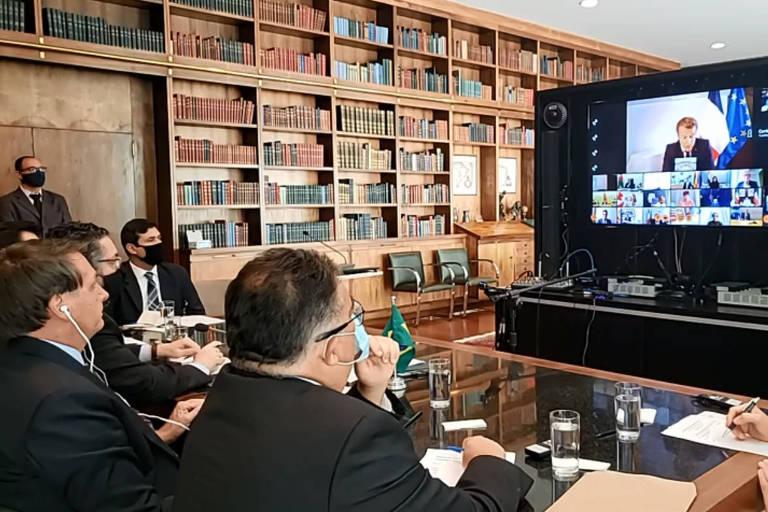 Bolsonaro convida Temer para chefiar missão do Brasil de ajuda ao Líbano