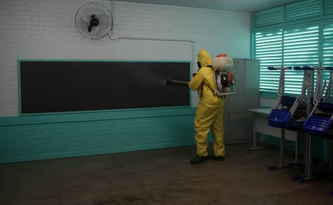 Apenas DF e 3 estados têm data prevista para reabertura de escolas