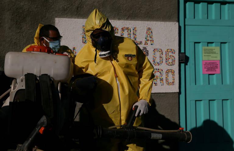 Escolas são desinfetadas para a volta às aulas no Distrito Federal