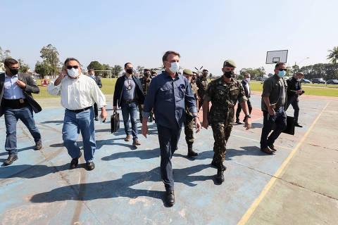 Bolsonaro envia Ernesto e comitiva a Israel por spray 'milagroso', que ele diz não saber o que é