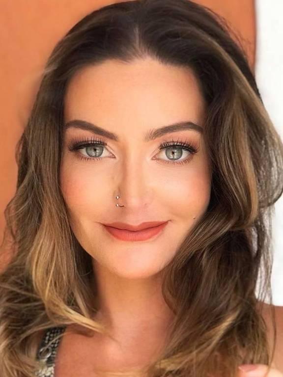 Imagens da atriz Laura Keller