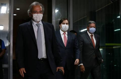 Após debandada, aliados de Guedes dizem que ele não vai deixar o governo agora