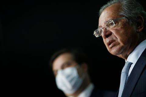 Baixas na economia criam encruzilhada para Paulo Guedes
