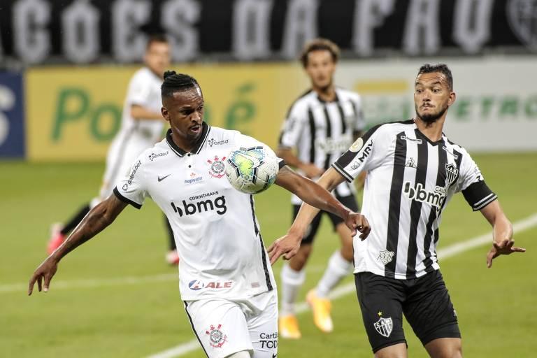 Jô abriu o placar, mas o Corinthians levou a virada do Atlético-MG