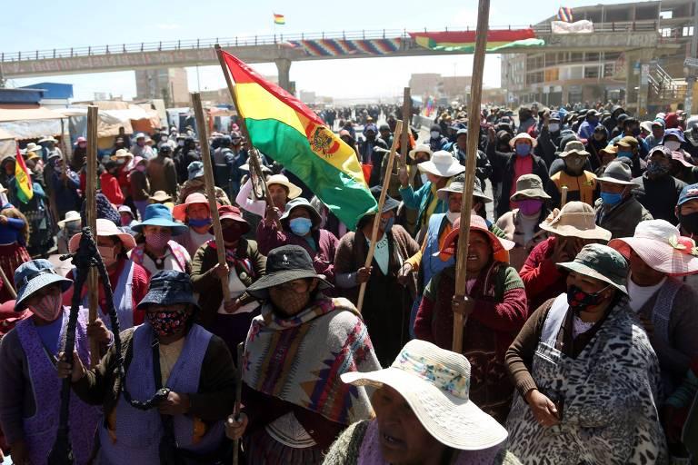Em meio a crises na saúde e na política, Bolívia estabelece data limite para eleições
