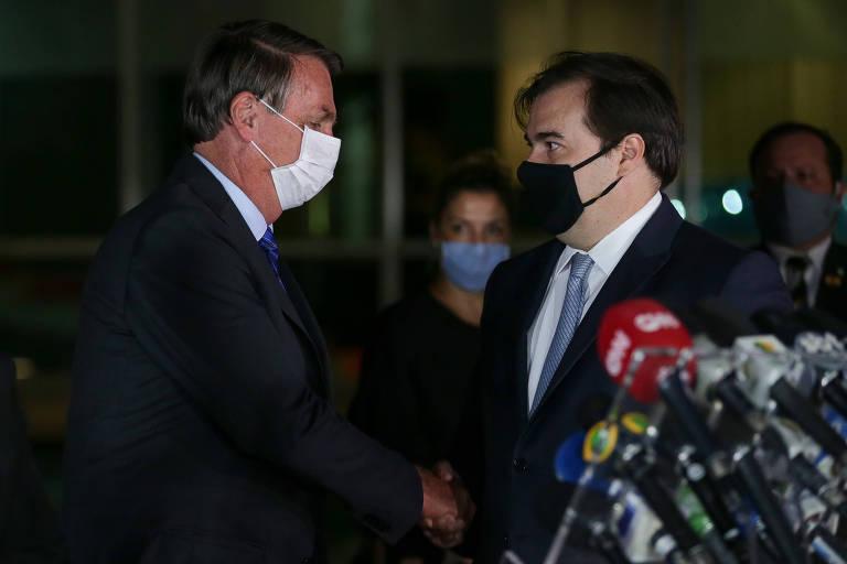 Jair Bolsonaro e Rodrigo Maia (DEM-RJ) pronunciamento à imprensa