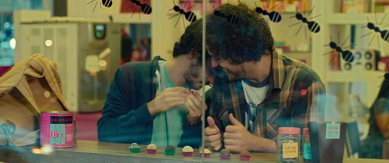 """Cena do filme """"Música para Morrer de Amor"""", de Rafael Gomes"""