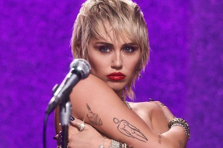 "Miley Cyrus lança nova música e videoclipe de ""Midnight Sky"""