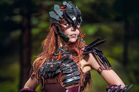 A cosplaycer Svetlana Quindt, conhecida como Kamui Cosplay, participa de painel da Geek Nation