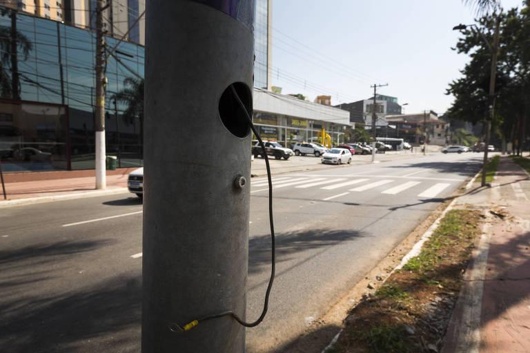 Dispara vandalismo e furto de fios em São Paulo