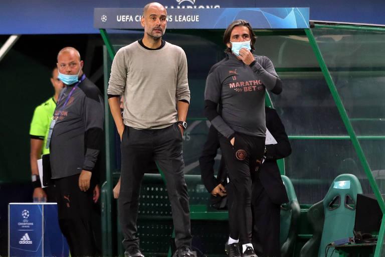 O técnico Pep Guardiola durante a partida das quartas de finais da Liga dos Campeões; espanhol, que comanda o Manchester City, perde do Lyon e dá adeus aos torneio
