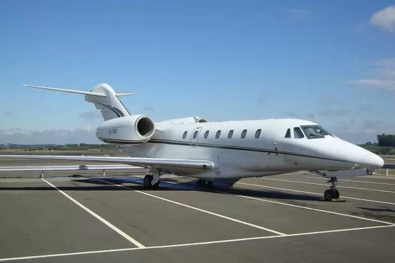 O avião comprado pela Iurd na Argentina foi retido no Brasil em fevereiro de 2012