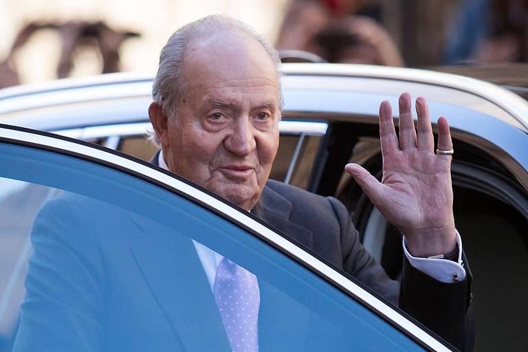 Rei emérito Juan Carlos está nos Emirados Árabes Unidos, anuncia Casa Real da Espanha
