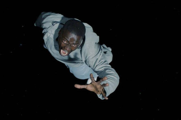Daniel Kaluuya,como o fotógrafo Chris no thriller 'Corra!', de Jordan Peele