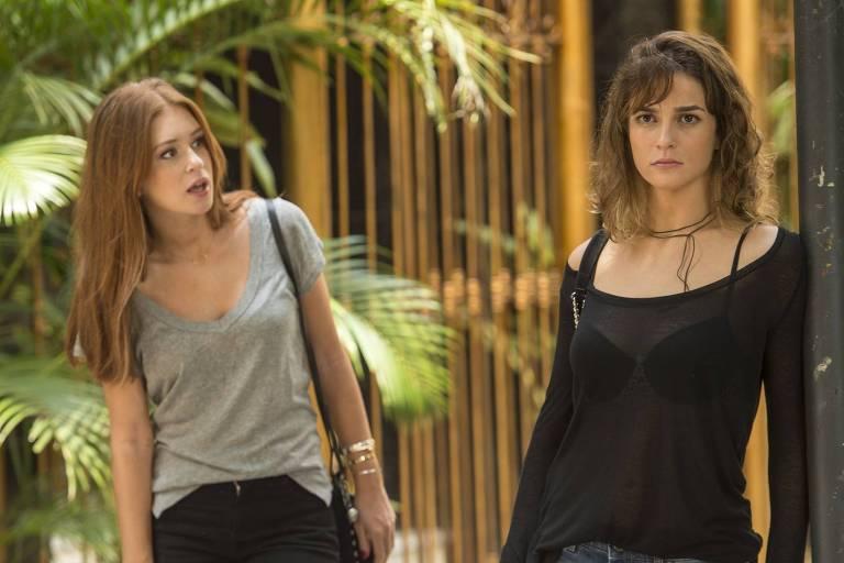 Eliza (Marina Ruy Barbosa) e Sofia (Priscila Steinman) em cena de 'Totalmente Demais' (Globo)