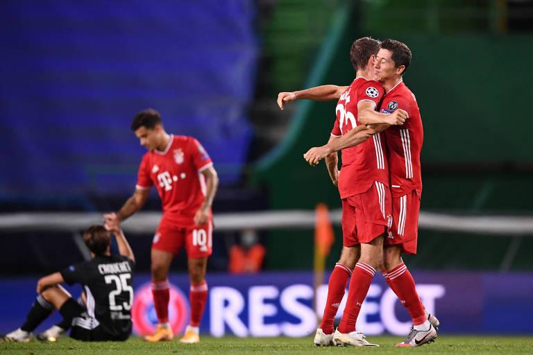 Jogadores do Bayern comemoram a classificação para a final da Champions League