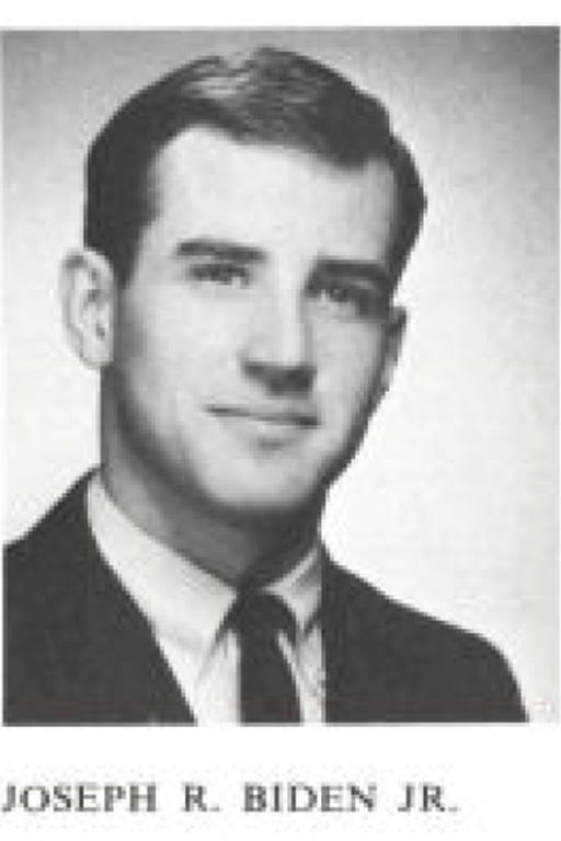 Biden em imagem de 1965, no livro de alunos da Universidade de Delaware. Lá, ele se graduou em política e história e foi líder de classe