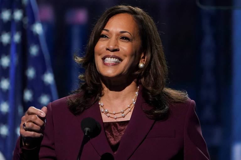 A senadora Kamala Harris discursa na convenção democrata virtual